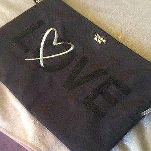 🌹Victoria's Secret Cosmetics Bag
